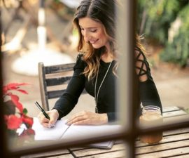 JOURNALING 101: HOW TO START MANIFESTING